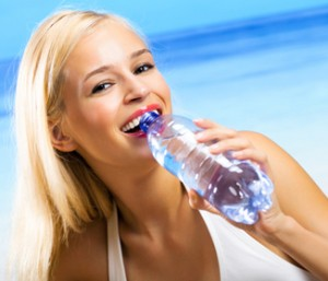 Water Helps You to Lose Weight